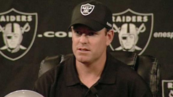 Carson Palmer traded to the Oakland Raiders