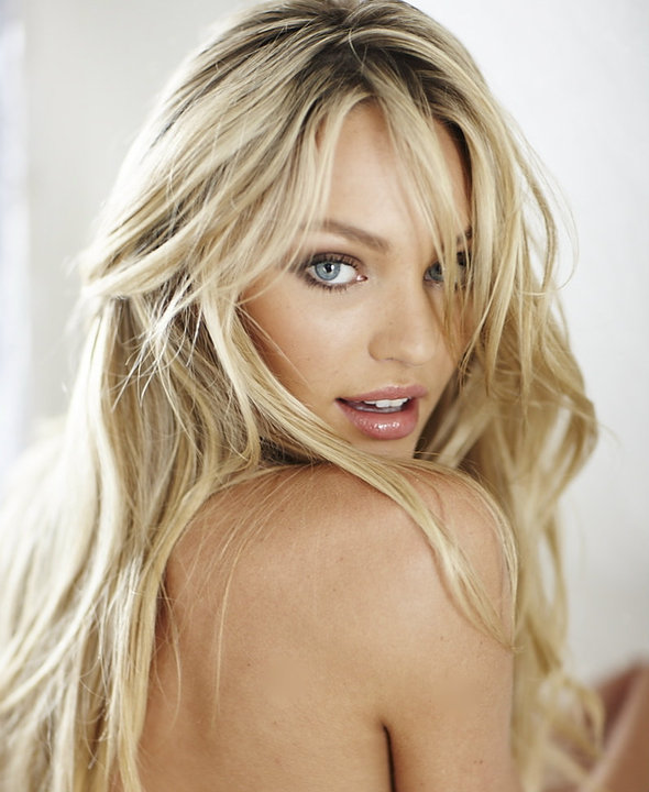 Candice Swanepoel is The Lovely with that look