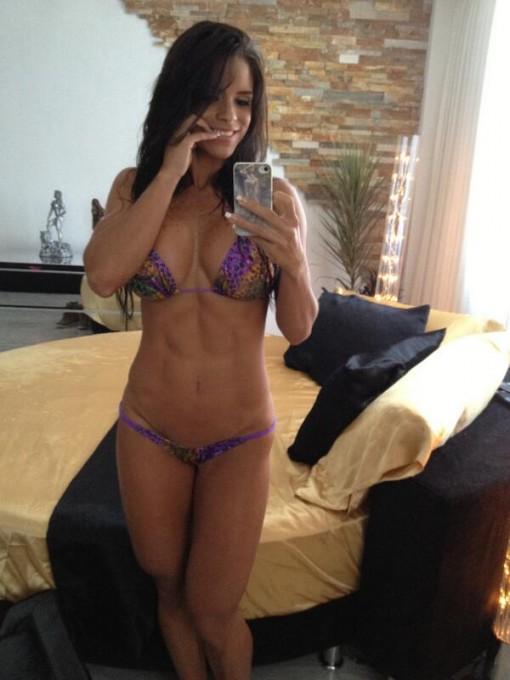 Michelle_Lewin-CUAAa9aa
