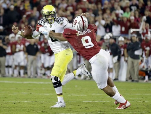 The Stanford defense was swarming all over Oregon the entire game. Photo by Marcio Jose Sanchez/AP