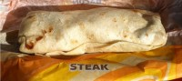 taco-bell-steak-eggs-burrito