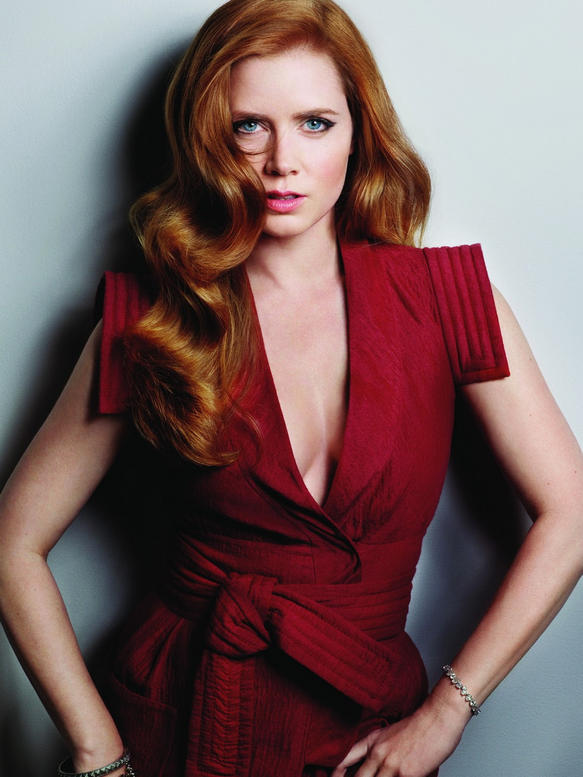 Amy Adams is The Lovel... Amy Adams
